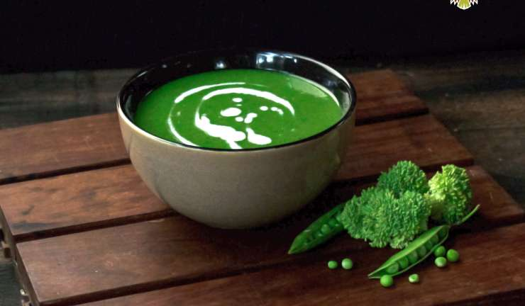 Broccoli and Green Pea Soup